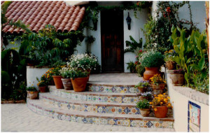 Entrance to the Via Escondido house